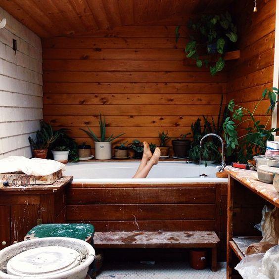 Bathroom love! Homesweethomestead on Instagram.