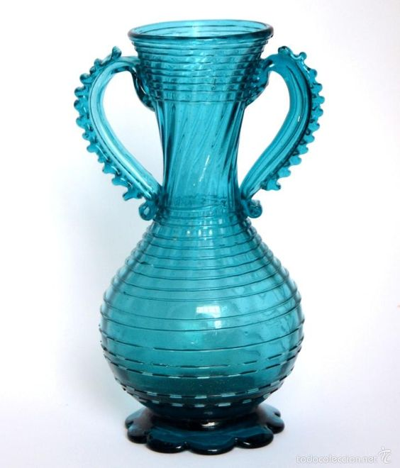 jarrn en forma de anfora cristal soplado mallorqun azul cmu