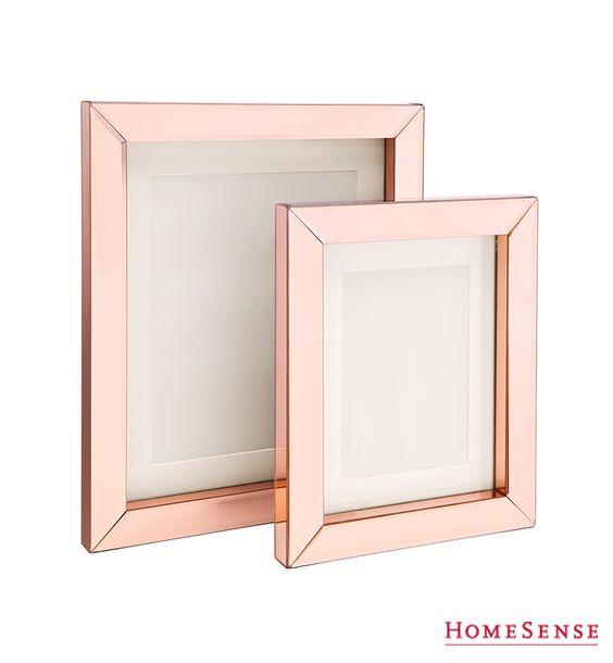 rose gold metallic frames are super fab les cadres de. Black Bedroom Furniture Sets. Home Design Ideas