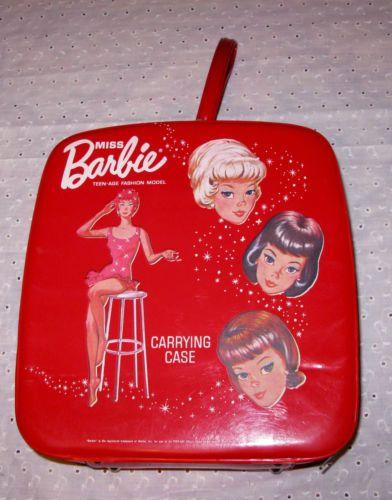 Vintage 1963 Miss Barbie case.