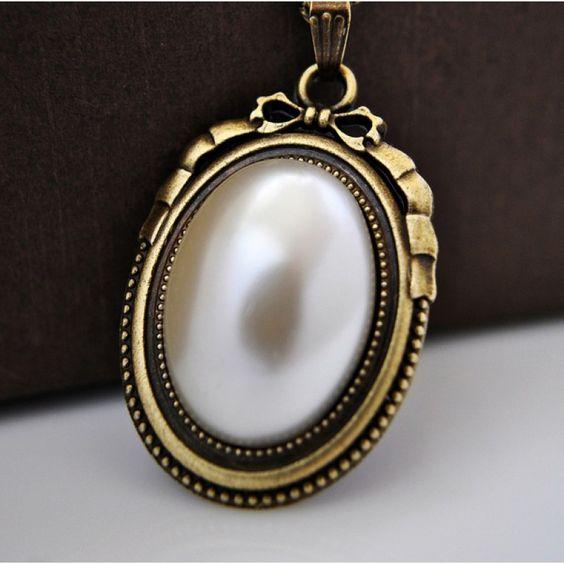 VİNTAGE TARZI İncili Bronz Kolye http://ladymirage.com.tr/kolyeler.html/vintage-tarzi-incili-bronz-kolye-60963699.html?limit=100 #vintage #inci #bronz #kolye #takı #tasarım #elyapımı