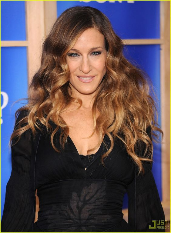 Sarah Jessica Parker Hugh Grant Bring The Morgans To Nyc Sarah Jessica Parker Did You Hear About Ombre Hair Color What Is Ombre Hair Hair Color Balayage