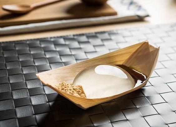 Raindrop Cakes: bolinhos de agar agar criados pelo chef Darren Wong;