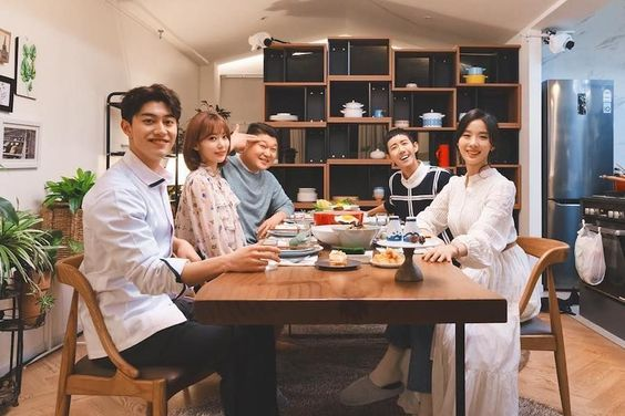 """Everyone's Kitchen"" Confirmed To Return As Regular Program"