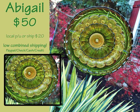 Recycled glass flower sun catcher garden art garden decor for Garden art from old dishes