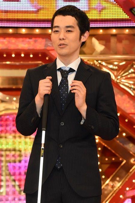 Rー1でネタを披露する濱田祐太郎さん