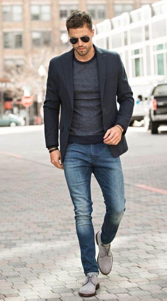 dark blue jeans black shoes