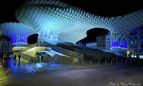Seville-Modern by Marco Markovich / Boda de Cine, via Flickr