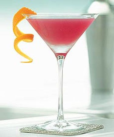 Bellini Martini: 2 oz Raspberry Vodka 1 oz Peach Nectar 1 oz Peach Schnapps 1 oz Champagne Mix in shaker with ice, strain into martini glass. Garnish with orange peel or fresh raspberries.: