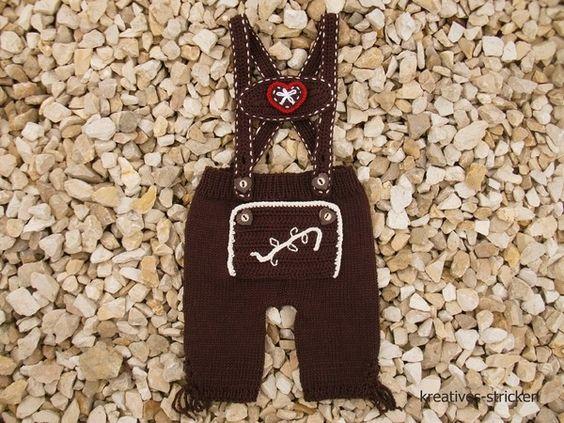 Du magst Brauchtum + passende Kleidung? Auch Dein Kind soll eine hübsche Lederhose haben? Dann häkle sie doch einfach selber. Fang gleich an.