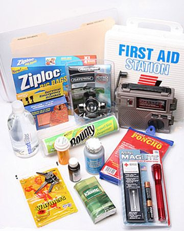 Packing a First-Night Box    It's the end of moving day. You're exhausted but happily at home in your new location and looking forward to a good night's sleep. Now, where did you put that toothbrush...    Get the Printable Checklist