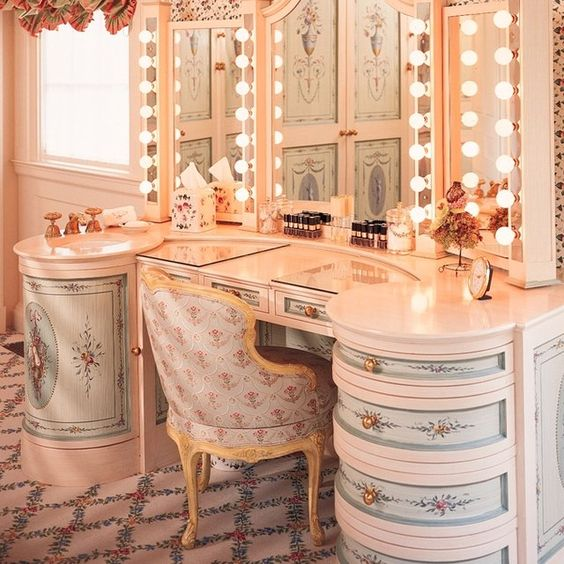 Love this from CustomMade dressing/vanity table