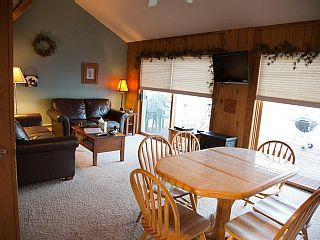 Beautiful Lake Gogebic waterfront 5 bed/2 bath, year-round, snowmobile & fish   Vacation Rental in Lake Gogebic from @homeaway! #vacation #rental #travel #homeaway