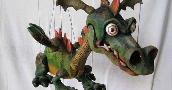 Drache  marionette - Drache  marionette puppe --- #Theaterkompass #Theater #Theatre #Puppen #Marionette #Handpuppen #Stockpuppen #Puppenspieler #Puppenspiel