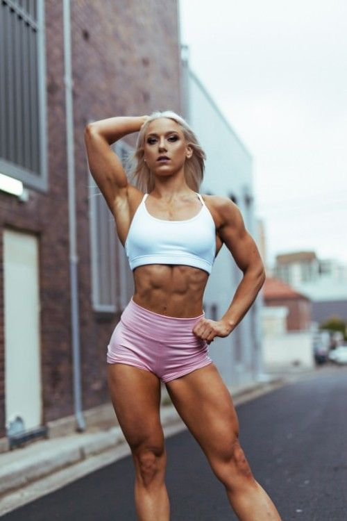 hot white girl gets fucked