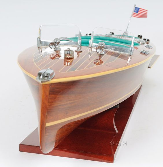 Chris craft triple cockpit speed boat wooden model 32 for Chris craft boat accessories