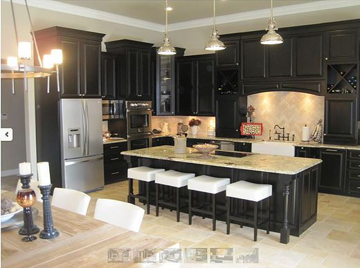 Michigan Kitchen Cabinets sells kitchen cabinets and offers complete ...