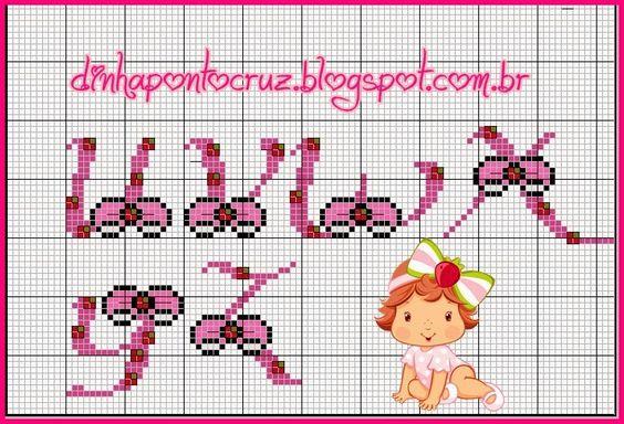 E mais um monograma coordenado da Turma da Moranguinho, hoje a versão baby da Moranguinho:                           e aqui o gráfico feito ...