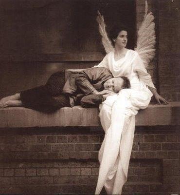 Amo essa foto!  http://hestiloh.blogspot.com.br/2012/06/ela-acreditava-em-anjos-e-porque.html