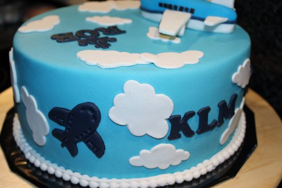vliegtuig KLM taart
