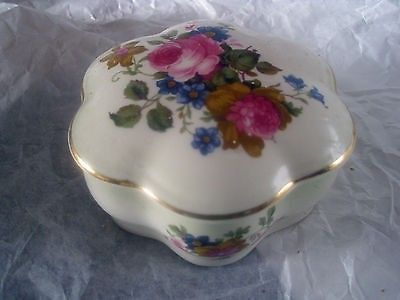 ROYAL WORCESTER PALISSY ROSE TRINKET JEWELLERY BOX VINTAGE ENGLAND (12/01/2013)