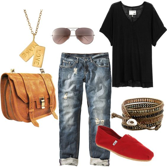 .so awesome.. getting red toms and relaxed crop boyfriend jeans new staple i think so