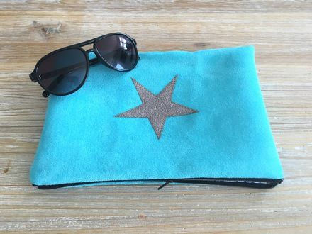 Trousse zippée en suédine turquoise lumineuse étoile argentée