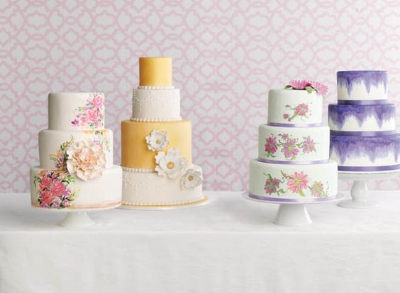 Wisconsin Works of Art: Hand-Painted Wedding Cakes