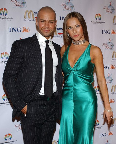Joey Lawrence First Wife