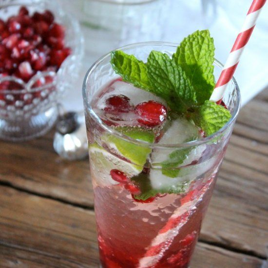 Festive pomegranate mojito that's perfect for holiday entertaining!