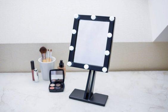 Zwarte make-up spiegel met verlichting Hollywood door EWARTWOODS