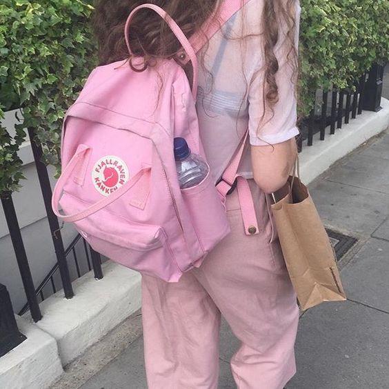 fjallraven kanken backpack paris