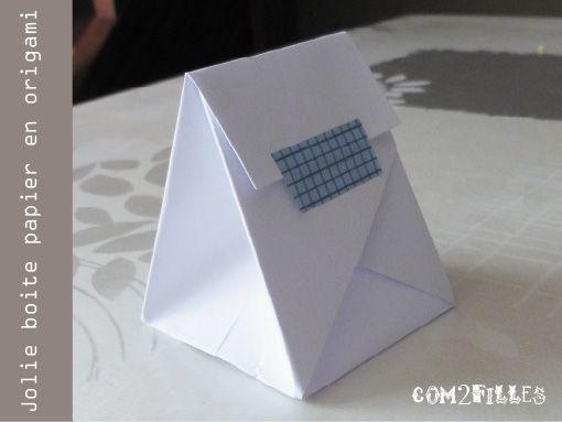 Pliage papier une boite origami papier origami sacs et sacs en papier - Papier cadeau origami ...