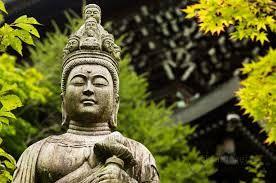 """Hay que ser Bodhisattvas :) :  En la tradición budista, el """"bodhisattva"""" es la p..."""