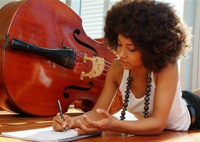Esperanza Spalding Montreal Jazz Festival Double Bass Contrebasse