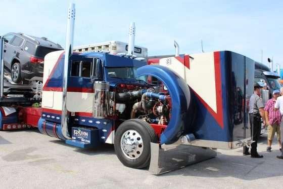 Walcott Truckers Jamboree Draws Nearly 43 000 Terry Aslinger And His 1996 Peterbilt 379 Nicknamed Old Glory Picked Up Th Walcott Trucks Fleet Tracking