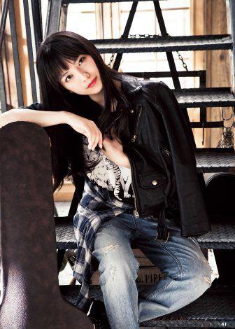miwaの黒いジャケット