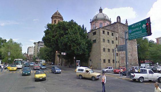 Iglesia de San Francisco en Guadalajara, despues de que le quitaron terrenos