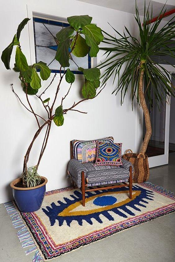 Plantas, estampas, almofadas - objetos de cena