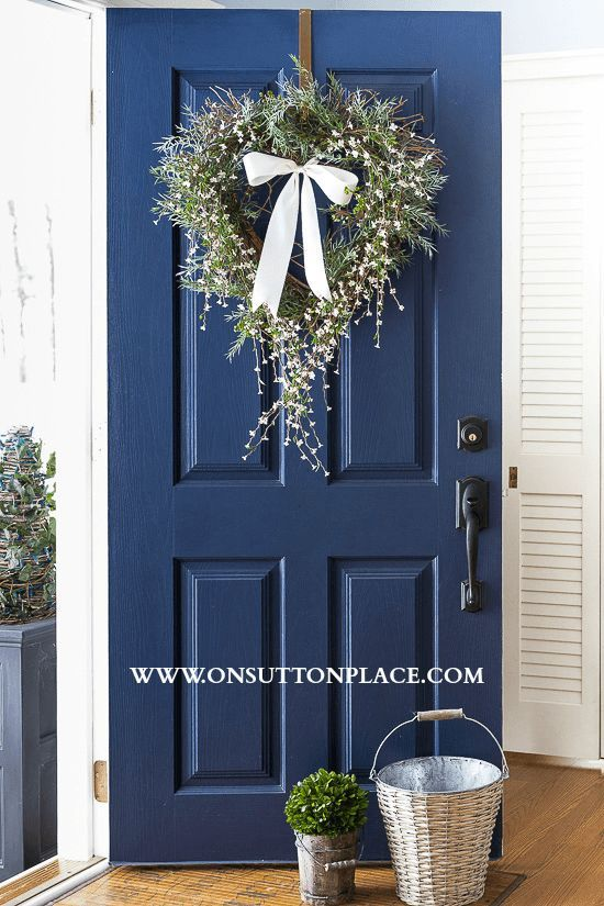 Diy heart wreath tutorial hale navy blue doors and the for Navy blue front door
