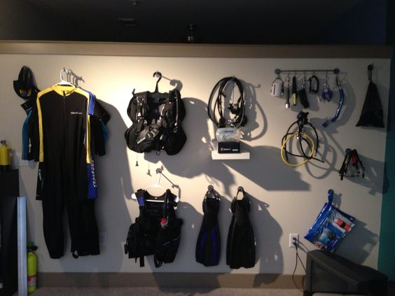 Scuba Diving Gear Storage On The Wall Of My Living Room Soooo Not Getting Deposit Back This Apartment Best Dive Pinterest Scubas