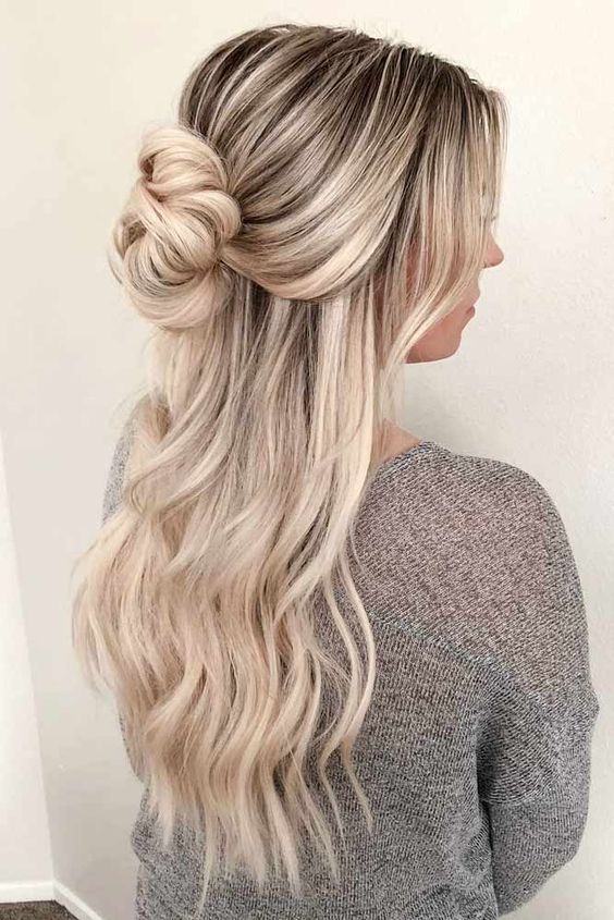 28 Captivating Half Up Half Down Wedding Hairstyles Straight Hair With Stylish Briad Messy Hair For Rustic Country Hair Styles Half Up Hair Down Hairstyles
