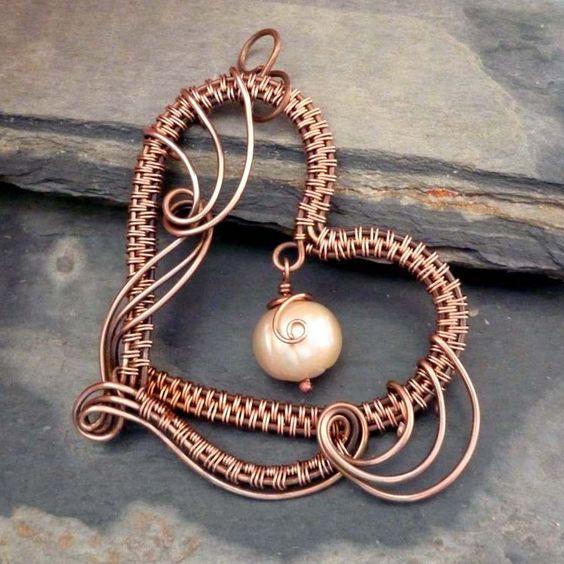 Harmony Heart Pendant | JewelryLessons.com