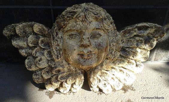 Anjo envelhecido  - Policromia sobre terracota