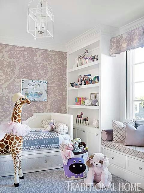 Girls room - trundle breeds, Lee Jofa wall covering