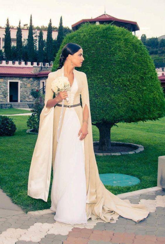 Georgian wedding dress  Georgia  Pinterest  Perly Svatba a ...