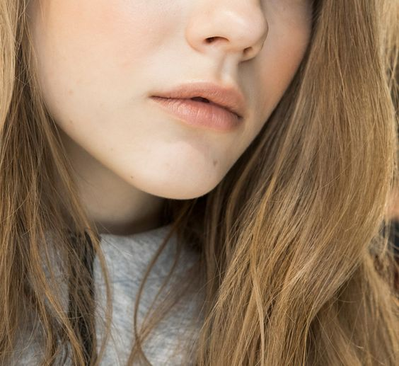 10 Foundations for Glowy, Dewy Skin