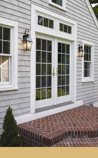 Pinterest the world s catalog of ideas for Colonial exterior lighting