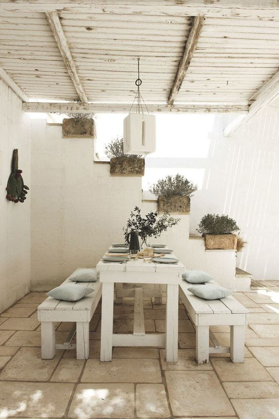 WEEKEND ESCAPE: A TRANQUIL HOLIDAY HOME IN PUGLIA: