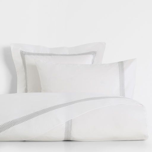 Embroidered Border Cotton Bed Linen